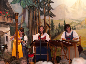 Advent in Tirol mit Tiroler Stubenmusik