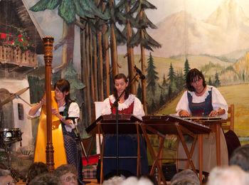 Advent in Tirol mit Tiroler Stubenmusik