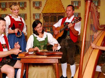 traditionelle, alpenländische Volksmusik